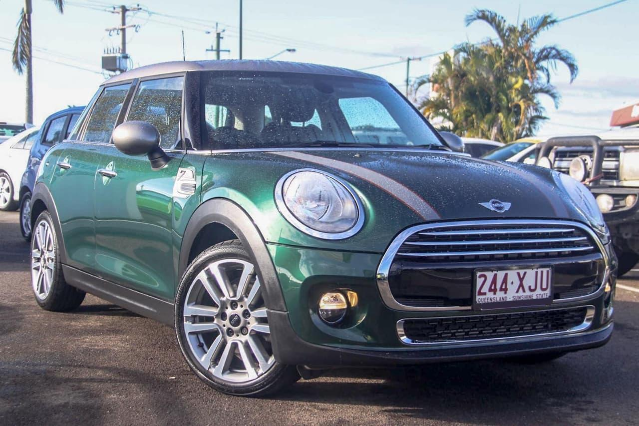 2017 Mini Hatch F55 Cooper